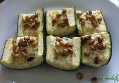 de délicieuses courgettes farcies à la feta et aux pignons de pin pour accompagner les viandes grillées en été
