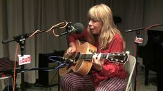 "Rickie Lee Jones ""Wild Girl"" Live on Soundcheck"