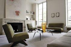 Collezioni di interior design Lalique, mobili, lampade, specchi, pannelli in cristallo senza tempo.