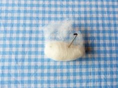 You will need : piece of wool for the head, piece of wool for the leg, felting needle, eyes, little piece of skin-coloured felt, eyes ( ...