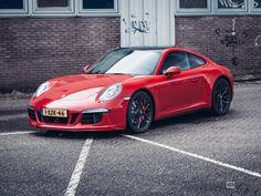 Porsche 911 GTS 2015