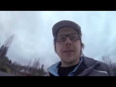 Tony Henrik Halttunen: Kattoremontti sisältää useita työvaiheita. Videossa käydäänläpi kattoluukun pellittämisen perusteet konesaumakatolle. Kattoluukku on vuotoriski väärin pellitettynä.