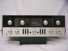 McIntosh C22 Pré-ampli à tubes. Le plus célèbre pré classique de McIntosh...