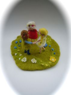 Needle Felted children in a meadow.Hand-felted. Waldorf.Scene.Felted Doll.Doll,Puppet. door FilzArts op Etsy https://www.etsy.com/nl/listing/229187382/needle-felted-children-in-a-meadowhand