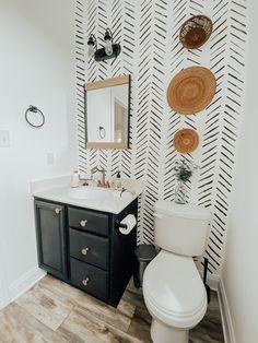 Bathroom Interior Design, Home Interior, Bathroom Inspiration, Home Decor Inspiration, Bathroom Renos, Small Bathroom Paint, Bathroom Ideas, Upstairs Bathrooms, Bath Remodel