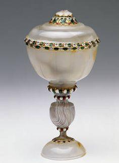 """""""Copa de ágata y esmalte"""", Anónimo, finales del siglo XVI - primera mitad del siglo XVII"""
