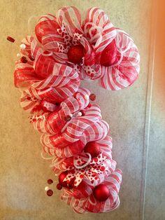 Candy cane mesh wreath.