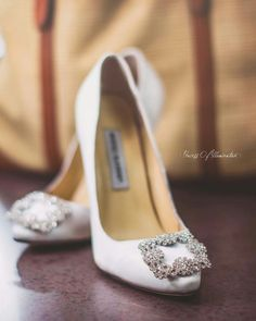 Manolos <3 carrie Bradshaw's wedding shoes