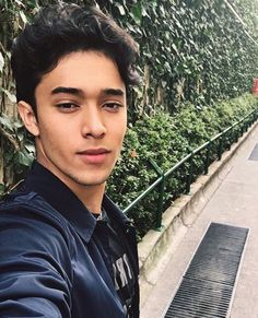 402 Likes, 3 Comments - Erickworld He's Beautiful, Dream Guy, I Love Him, Love Of My Life, Guys, Instagram Posts, Singers, Pictures, Love Him
