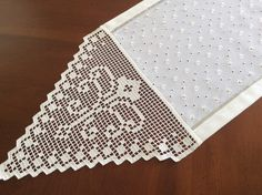 Crochet Doilies, Diy And Crafts, Quilts, Blanket, Knitting, Flora, Crochet Mandala, Hand Embroidery Designs, Crochet Lace