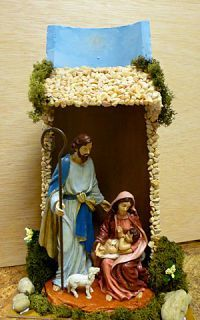 Risultati immagini per tejas decoradas cocinas Christmas Crafts To Sell, Christmas Decorations, Christmas Ornaments, Simple Christmas, Christmas Time, Xmas, Fun Crafts, Diy And Crafts, Christmas Nativity Scene