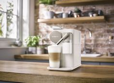 Nový kávovar Lattissima One od Nespresso