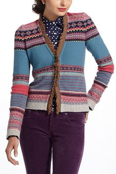 This cardi is too short for me, I don't like the color neither. #mynewstripedcardigan