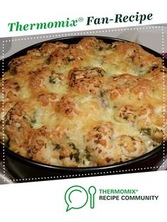 Recipe Cheesy Herb & Garlic pullapart by learn to make this recipe easily in your kitchen machine and discover other Thermomix recipes in Baking - savoury. Thermomix Bread, Cheesy Garlic Bread, Recipe Community, Food N, Bread Rolls, Afternoon Tea, Macaroni And Cheese, Kitchen Machine