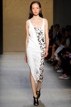 Sfilata Narciso Rodriguez New York - Collezioni Primavera Estate 2016 - Vogue