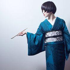 誕生日の夜に辛木の兄さんに撮ってもらった!本当にありがとう! 自分の課題がたくさん見えてきて 実りある1日になりました 24歳がんばる! #着物 #きもの #kimono #斉藤上太郎