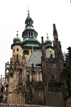 Sv. Vitus Cathedral, Prague, Czech Republic | Photo : Matthieu Dalmasse