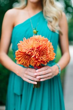 Girls bouquets (but smaller) with teal ribbon