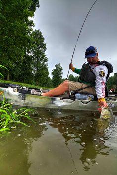 Professional bass angler Scott Canterbury catching bass out of grass in Jackson Coosa HD Jackson Kayak, Kayaks, Canoeing, Canterbury, Kayak Fishing, Grass, Salt, Swimming, Outdoors