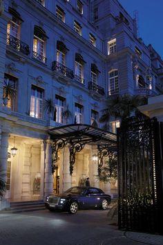20 best shangri la paris images luxury hotels shangri la hotel rh pinterest com