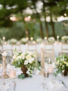 #tablescapes, #centerpiece, #white  Photography: Lindsay Madden Photography - lindsaymaddenphotography.com Floral Design: La Rosa Canina - larosacaninafioristi.it  Read More: http://www.stylemepretty.com/2015/05/05/elegant-countryside-wedding-in-tuscany/