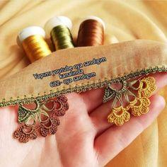 Beginner Crochet Projects, Crochet For Beginners, Lace Design, Baby Knitting Patterns, Handmade Accessories, Henna, Diy And Crafts, Knit Crochet, Felt