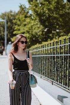 Fashion blogger style, personal style, outfit details, look of the day, what to wear, striped trouser, summer outfit, style
