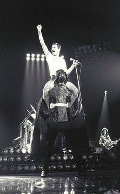 Freddie Mercury x Darth vader
