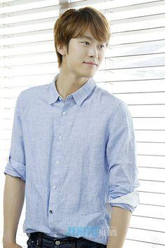 Twitter Lee Tae Hwan, Gong Myung, Tae Oh, Seo Kang Joon, Kim Dong, Korean Actors, Twitter, Check, Women