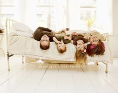 awesome family photo idea   Zoe Berkovic » Confessions of a Prop Junkie