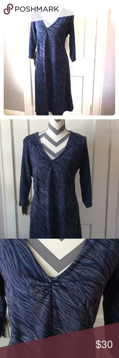 Horny Toad (now Toad&Co) Rosalinda Dress, XL Horny Toad Rosalinda Dress, good used condition, Tencel blend breathable fabric (fabric content tag removed so don't have exact percents). Blue abstract leaf/wave pattern. Horny Toad Dresses