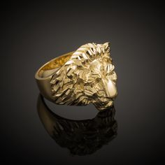If you want quality jewelry, you need to know how to find a jewelry shop that's reputable and fair. Learn what to look for in the best jewelry store. Mens Gold Rings, Rings For Men, How To Clean Gold, Real Gold Jewelry, Yellow Gold Rings, White Gold, Rose Gold, Solid Gold, Lion Ring