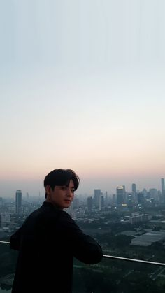 Listen to every Astro track @ Iomoio Song Kang Ho, Sung Kang, Cha Eunwoo Astro, Astro Wallpaper, Lee Dong Min, Kim Myung Soo, Joo Hyuk, Myungsoo, Hyung Sik
