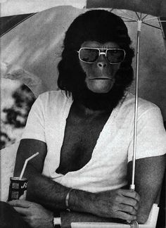 fantastic behind-the-scenes movie photos collected by io9.com (from the set of Planet of the Apes)