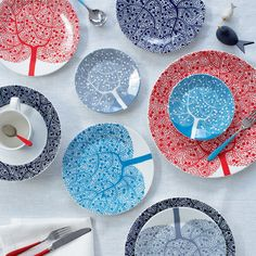 Bright & quirky: scandinavian inspired Fable tableware from Royal Doulton