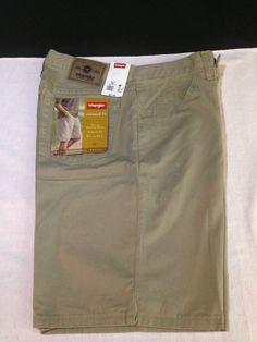 new with tags MENS WRANGLER khaki SHORTS relaxed fit SIZE 30 #Wrangler #KhakisChinos