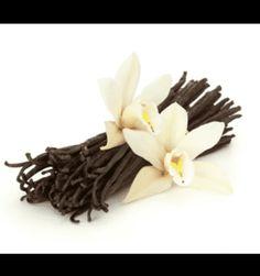 Para aromatizar la leche necesitamos  vaina de vanilla y sus semillas. Me gusta mucho el olor de vanilla.