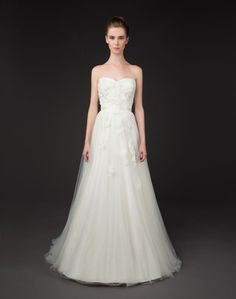 18 Winnie Couture Gowns for the Glamorous Blushing Bride | OneWed