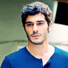 Turkish Men, Turkish Beauty, Turkish Actors, The Americans Tv Show, Hayat And Murat, Actrices Hollywood, Madly In Love, Barista, Cute Guys