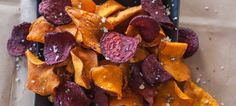 Get Sweet Potato and Beet Chips with Garlic Rosemary Salt Recipe from Food Network Sweet Potato Slices, Sweet Potato Chips, Vegetarian Recipes, Snack Recipes, Snacks, Rosemary Salt Recipe, Beet Chips, No Salt Recipes, Giada De Laurentiis