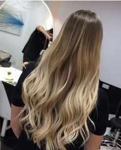 New Hair Flamboyage Blonde Guy Tang 23 Ideas New +blonde flamboyage guy Hair Ideas tang : New Hair Flamboyage Blonde Guy Tang 23 Ideas New +blonde flamboyage guy Hair Ideas tang Hair Flamboyage Blonde 613474780476196035 Brown Ombre Hair, Ombre Hair Color, Blonde Curly Hair, Trending Hairstyles, Balayage Hair, Hair Looks, Hair Trends, Dyed Hair, Hair Inspiration
