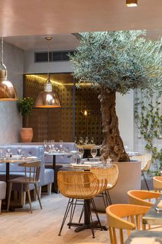 Bandol Bar & Restaurant by Kinnersley Kent Design in London's Chelsea is inspired by outdoor dining in Provence mixed with a strongly contemporary feel.
