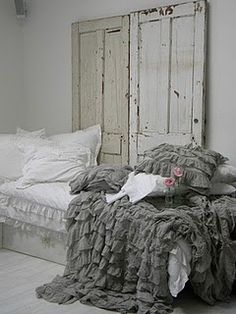 This is really dreamy.  I don't usually like gray, but this is delicious.