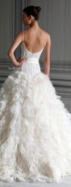 Monique Lhuillier Spring 2012 SUPERB #WEDDING DRESS  www.finditforweddings.com