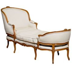 Love this french chaise, love antique french furniture silhouettes. Lovely.