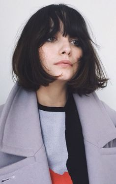 Looks For Short Hair : Taylor Lashae Bob / Little Girl Hairstyles, Pretty Hairstyles, Bob Hairstyles, Short Haircuts, French Hairstyles, Summer Hairstyles, Brunette Bob With Bangs, Brunette Hair, Blonde Hair