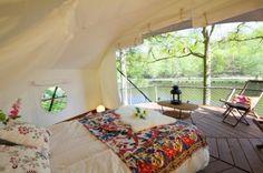 Dom'Up: una casa sull'albero che assomiglia a una tenda da campeggio (e viceversa) http://www.organiconcrete.com/2015/02/27/dom-up-una-casa-sullalbero-che-assomiglia-una-tenda-da-campeggio-e-viceversa/