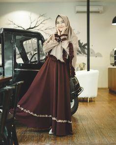 Muslim Dress, Hijab Dress, Hijab Outfit, Abaya Fashion, Modest Fashion, Fashion Outfits, Womens Fashion, Simple Dresses, Nice Dresses
