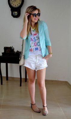 blazer, t-shirt and shorts <3
