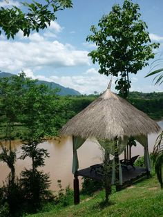 Luang Prabang and Muang Pakbeng - Laos. Read about my adventures travelling through South East Asia on the blog!